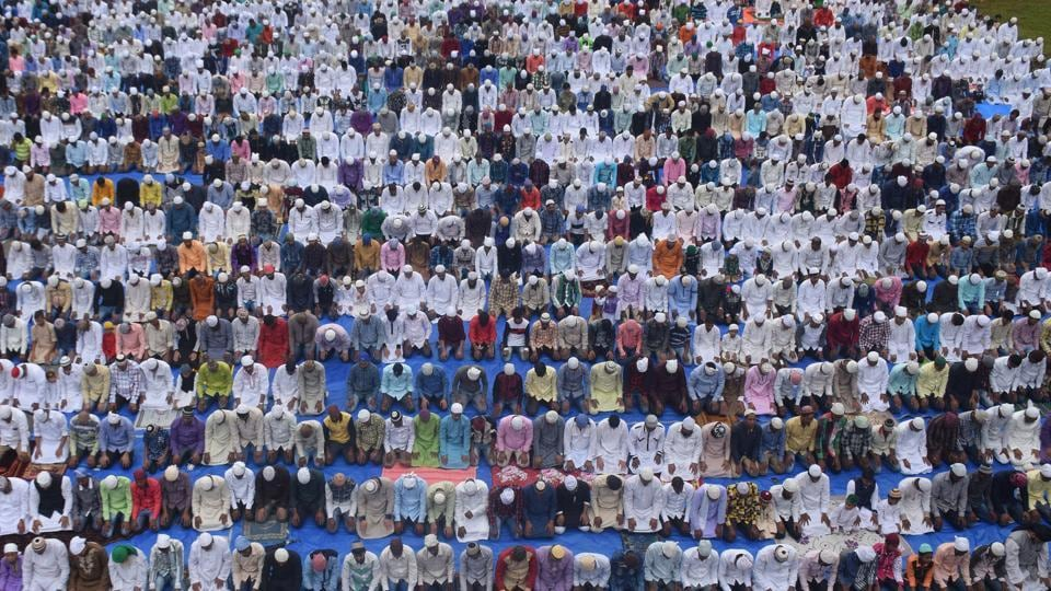 Muslims offer Namaz on the occasion of Bakri-Eid at Idgah in Thane, India. (Praful Gangurde / HT photo)