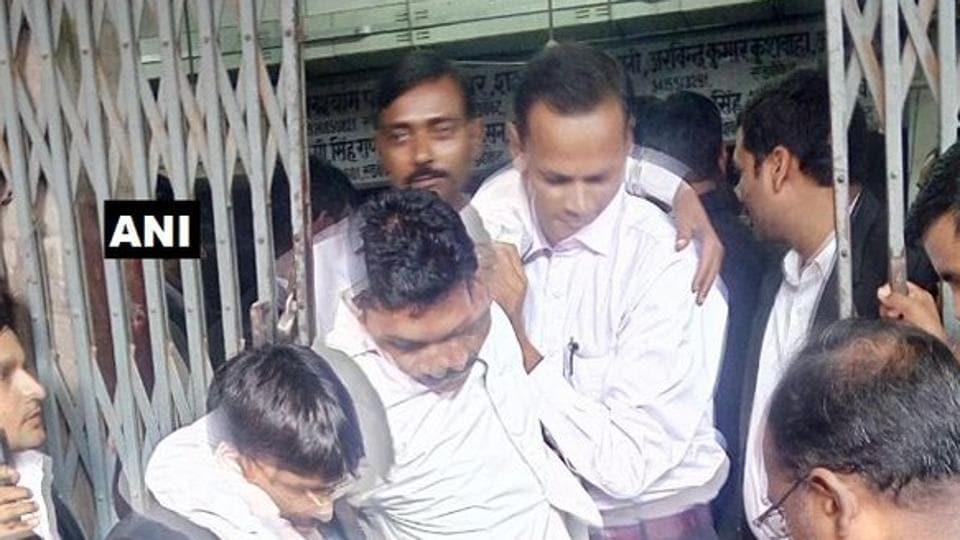 Lawyers present at the Lucknow district court campus and the lift operator, who was standing outside, broke open the doors of the lift to rescue people trapped inside.