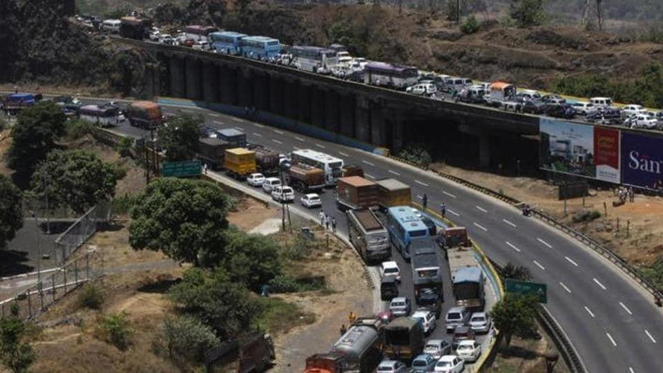 Mumbai,Mumbai traffic,Mumbai-Pune expressway