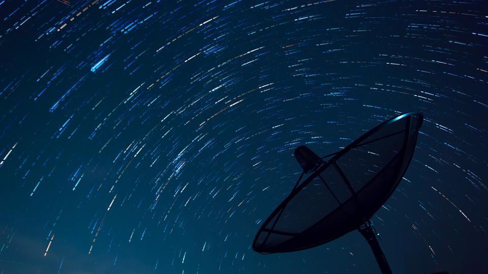 Aliens,Radio signals,Stephen Hawking
