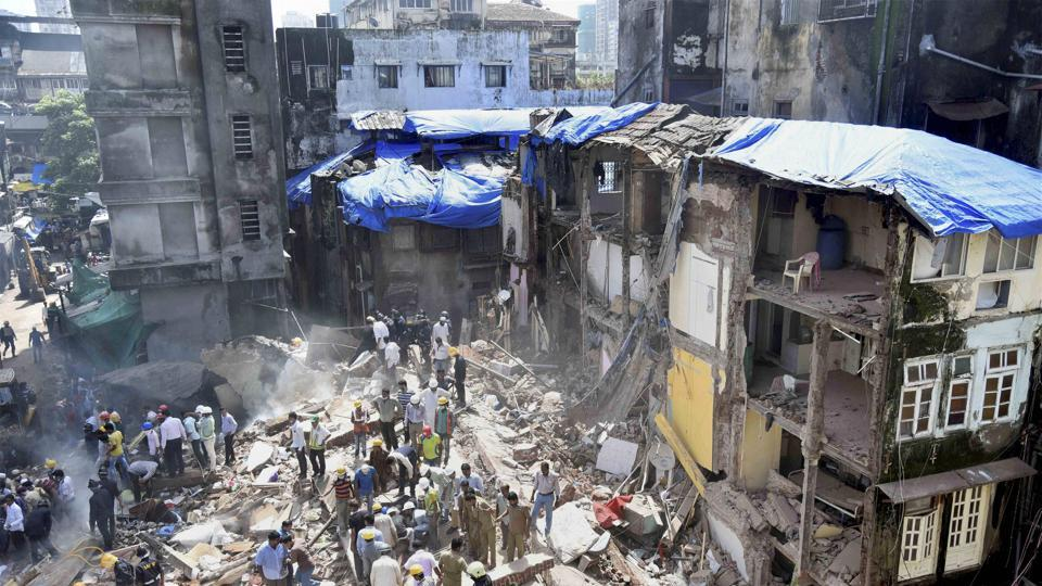 The protest comes days after a 117-year-old collapsed in Bhendi Bazaar, killing 33.