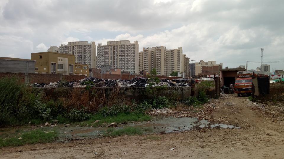 While thousands of residents have moved into the sector over the last couple of years, main sewage lines have yet to be laid by the authorities.