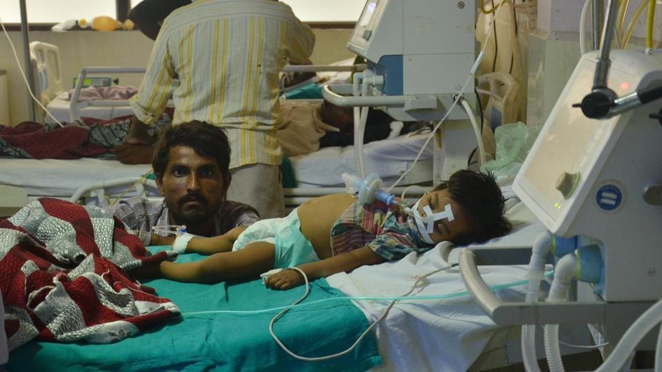 A child receiving treatment at the BRD Medical College in Gorakhpur.
