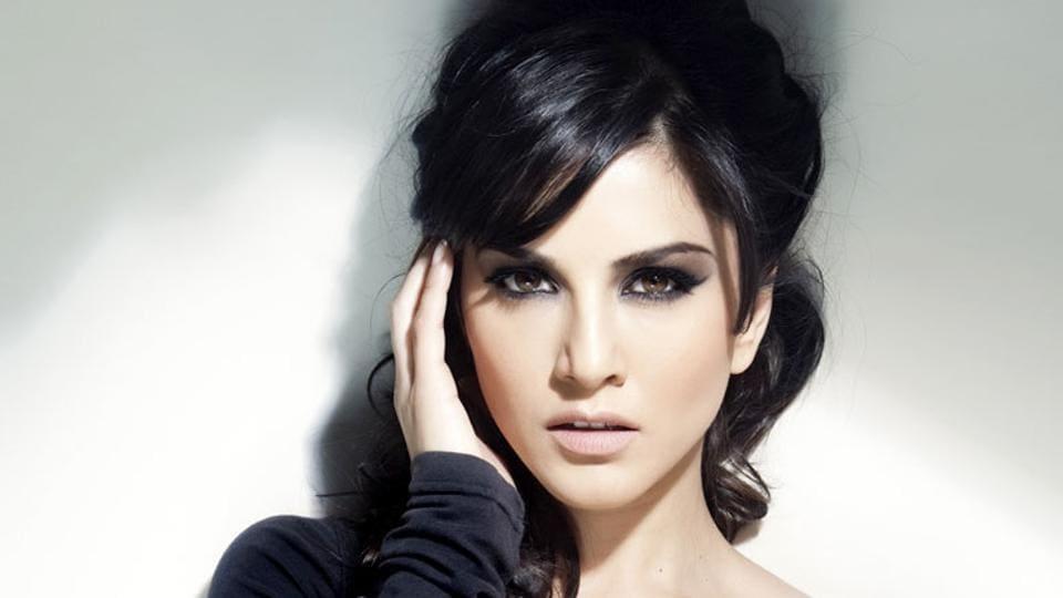 Sunny Leone,Bollywood,Bhoomi