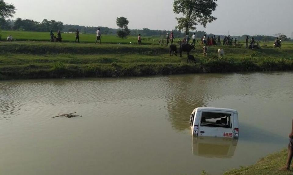 Angry protesters pushed a police jeep into the canal in which alleged cow carcasses were spotted floating around in Bihar's Madhepura district on Monday.
