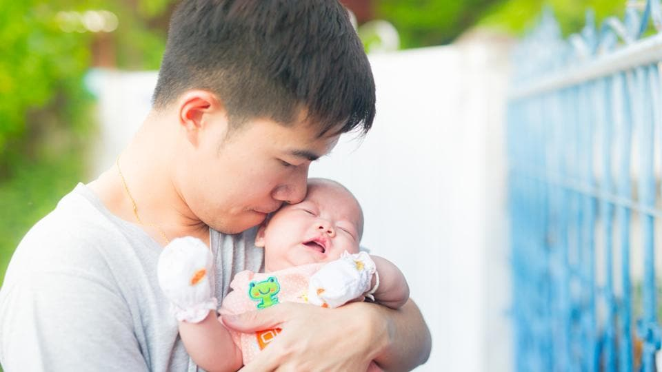 Postpartum depression affects fathers if their testosterone levels drop nine months after their children are born.