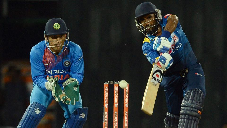 Ashan Priyanjan (R) hit a 40-ball 40 as Sri Lanka scored 170/7.  (AFP)