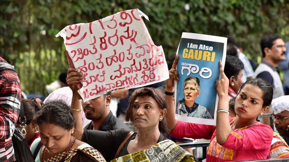 People pay last respects to slain senior journalist Gauri Lankesh  at Kalashetra in Bengaluru on Wednesday.
