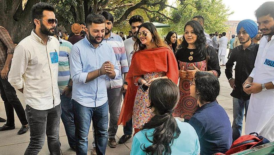 NSUI presidential candidate Jashan Kamboj (second from left) campaigning at Student Centre.