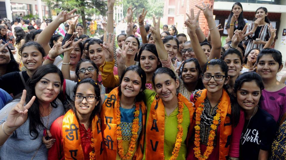 (left to right) Newly elected joint secretary Shweta, vice-president Himani Sharma, president Suchint Kapoor and secretary Bahaar Hundal in a jubilant mood after winning the student election at MCM DAV, Sector 36, Chandigarh. (keshav Singh)