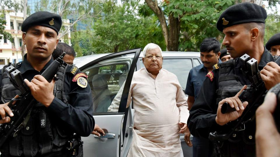 Railways irregularities case: CBI summons Lalu Prasad, Tejashwi Yadav