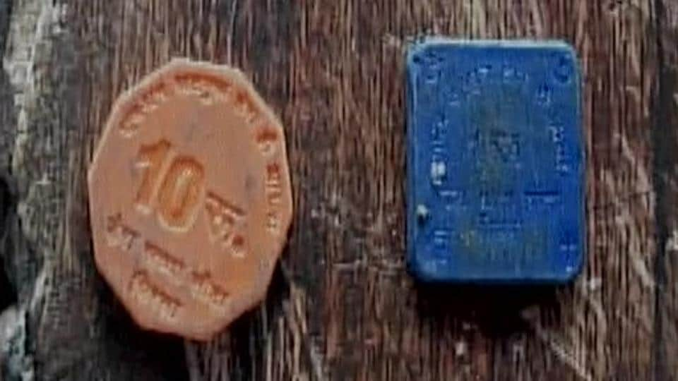 Shops in and around the Dera Sacha Sauda campus have 'sach' (truth) prefixed to their names and give out plastic coins to customers if they are unable to tender change in Indian rupees.