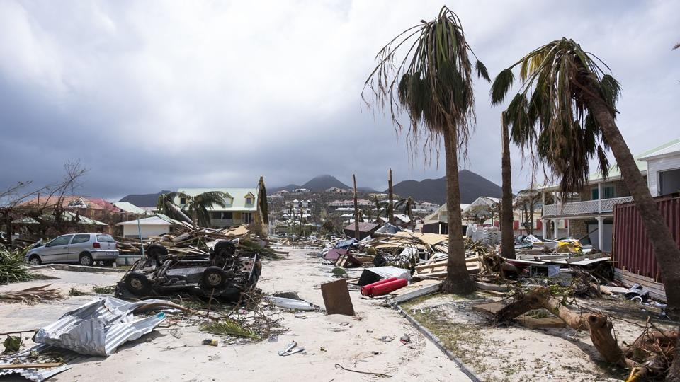 Winds dipped on Thursday to 175 mph as the Irma soaked the northern coasts of the Dominican Republic and Haiti and brought hurricane-force wind to the Turks and Caicos Islands. However it still remains a Category 5 storm, the highest designation by the National Hurricane Center (NHC). (Lionel Chamoseau / AFP)
