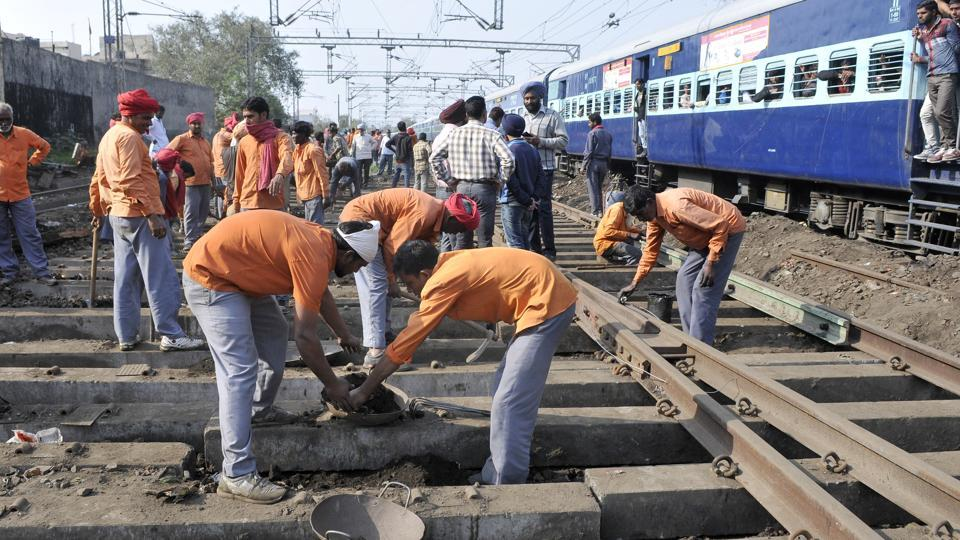 Workers repairing the railway tracks in Ludhiana. Within days of Piyush Goyal taking charge of the rail ministry, three trains jumped off the tracks and another derailment was averted on Thursday in Uttar Pradesh, New Delhi and Maharashtra