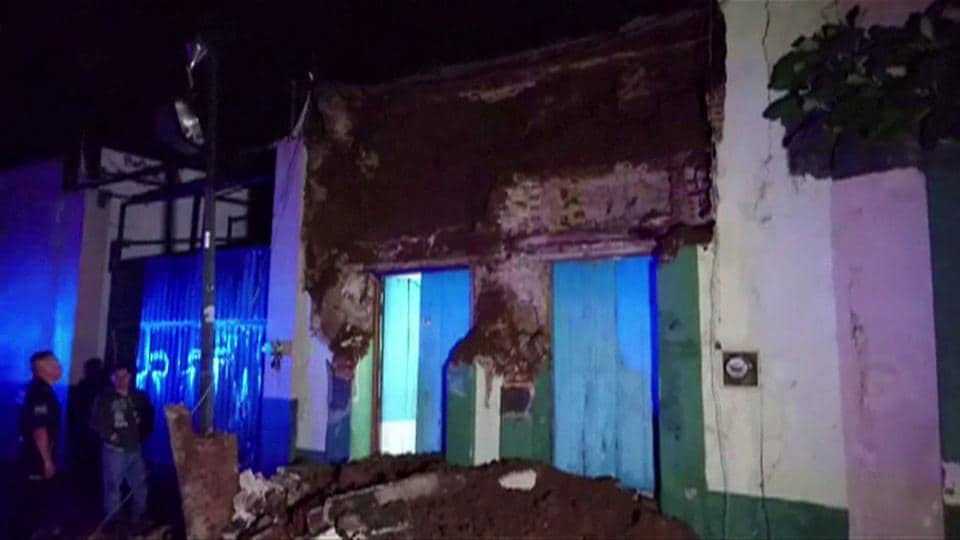 A video grab made from AFPTV footage shows damage to a building in downtown Oaxaca on September 8, 2017 after a powerful 8.2-magnitude earthquake rocked Mexico late on September 7, killing at least five people and triggering a tsunami alert in what the president called the quake-prone country's biggest one in a century.