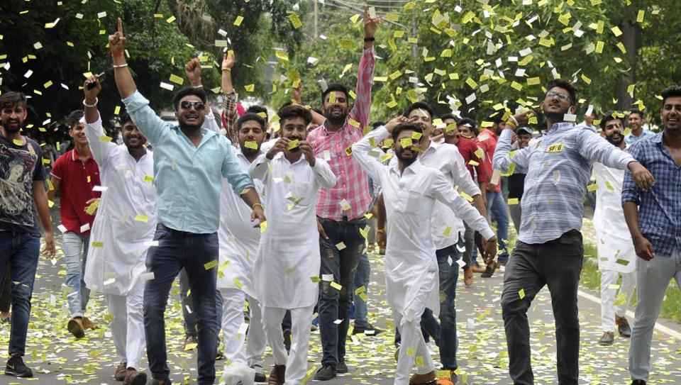 SOPU supporters celebrating their victory near DAV college in Chandigarh on Thursday. (Karun Sharma / HT PHOTO)