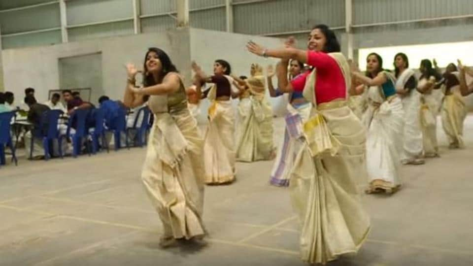 On Onam, students of Indian School of Commerce danced to the song of Jimikki Kammal.