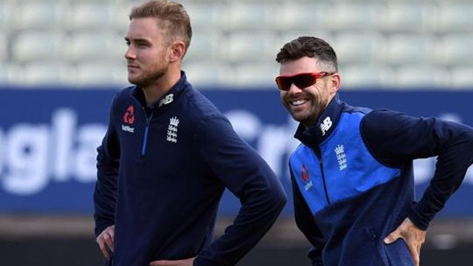 Stuart Broad (L) and James Anderson are England's premium pacers.