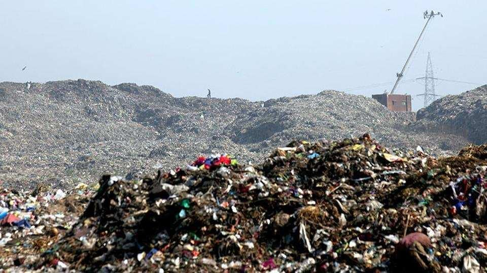 The mixing of debris with garbage is against the contract as the BMC has banned dumping of debris at its three dumping grounds — Deonar, Mulund and Kanjurmarg