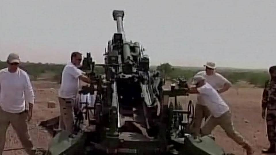 Barrel of US-manufactured Howitzer gun explodes during Indian army's calibration trial