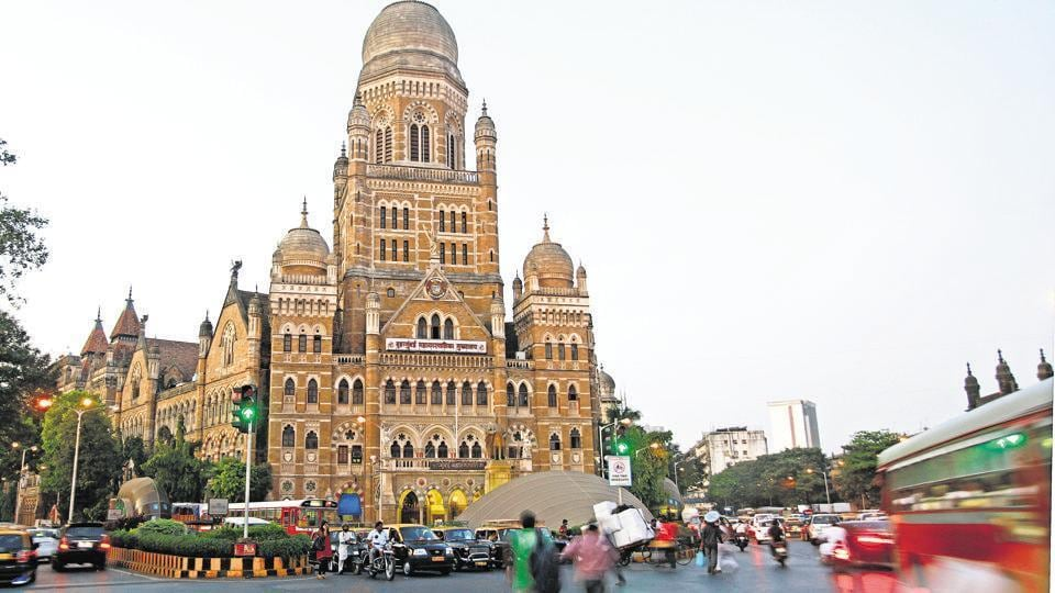 Letters written by a social worker MA Naik in the year 1984 and 1985 to the civic body indicate that he flagged the issue of norms being violated by the builder.