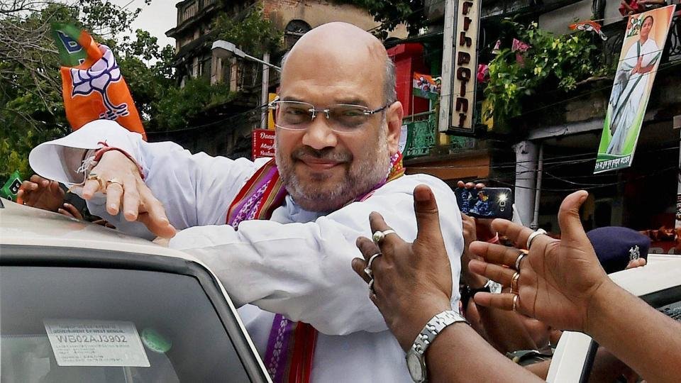 By summoning Amit Shah, Maya Kodnani wants to prove that she met the then-Sarkhej MLA in the assembly and then again at Sola Civil Hospital, where bodies of karsevaks were brought, when the riots broke out.