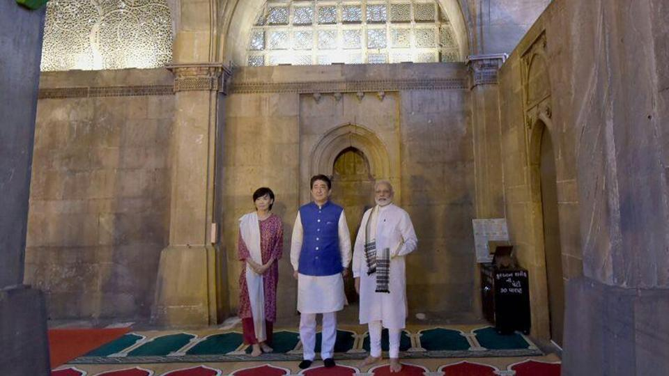 Prime Minister Narendra Modi, Japanese Prime Minister Shinzo Abe and his wife Akie Abe at Sidi Saiyyid Ni Jaali' in Ahmedabad on Wednesday.