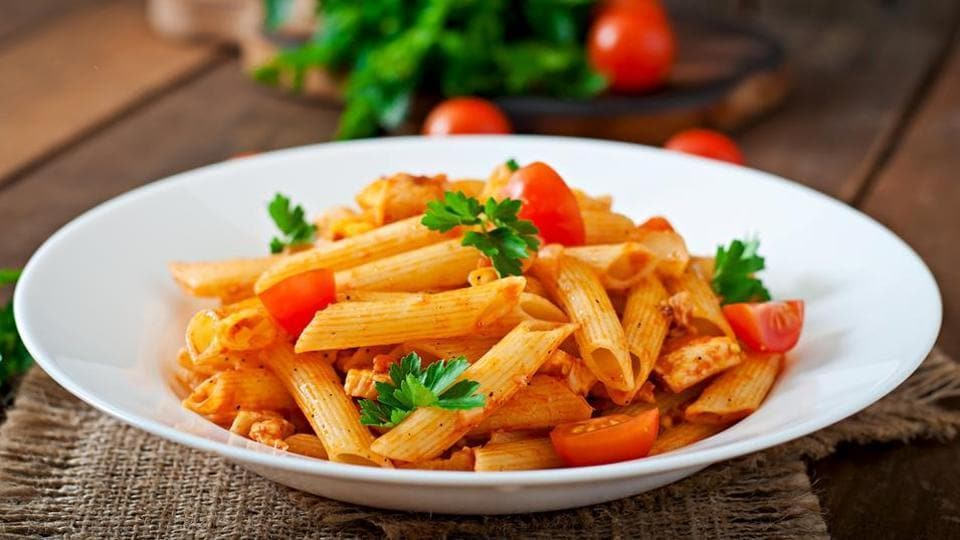 Always add warm pasta to warm sauce, immediately. Never the other way round, in order to avoid sticky and gluey pasta.