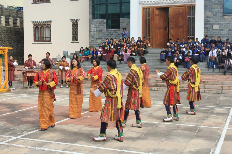 Students of the Royal Academy of Performing Arts at the festival venue.