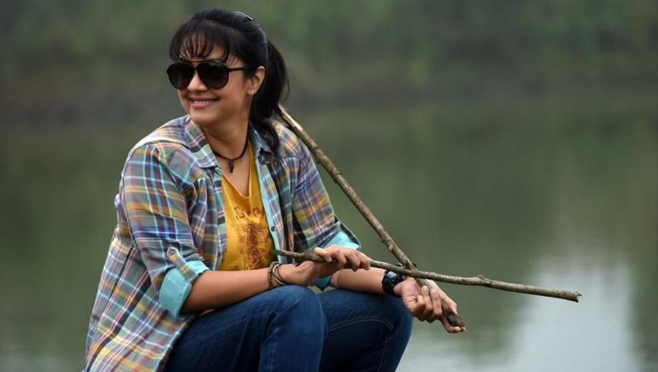 Magalir Mattum,Magalir Mattum movie review,Jyothika