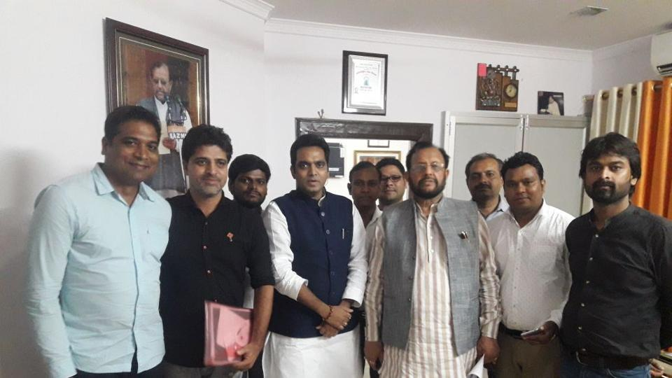 A delegation of eight buyers met Khanna and Noida MLA Pankaj Singh in Lucknow, who had called buyers for a meeting.