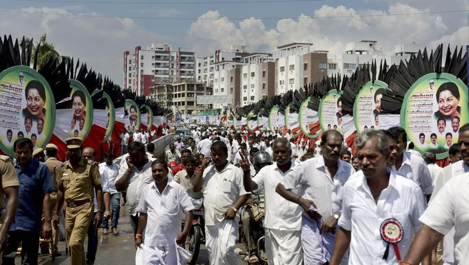 AIADMK party workers head towards party's General Council and Executive Committee Meeting in Chennai on September 12, 2017.