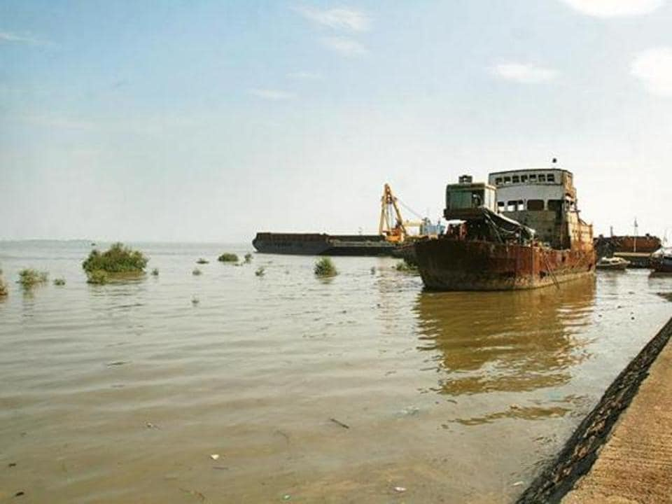 The sea link, which will connect the island city at Sewri to Chirle, Nhava, on the mainland, has had several false starts.