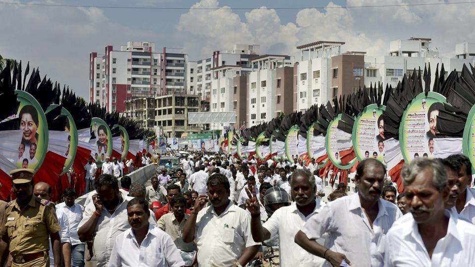 AIADMK party workers heading towards party's General Council and Executive Committee Meeting in Chennai on Tuesday.