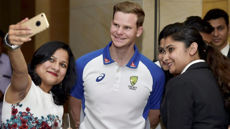 Steve Smith, Australian cricket team captain, obliges fans with a selfie during a welcoming ceremony organised by Australian Consul-General in Chennai. (PTI)