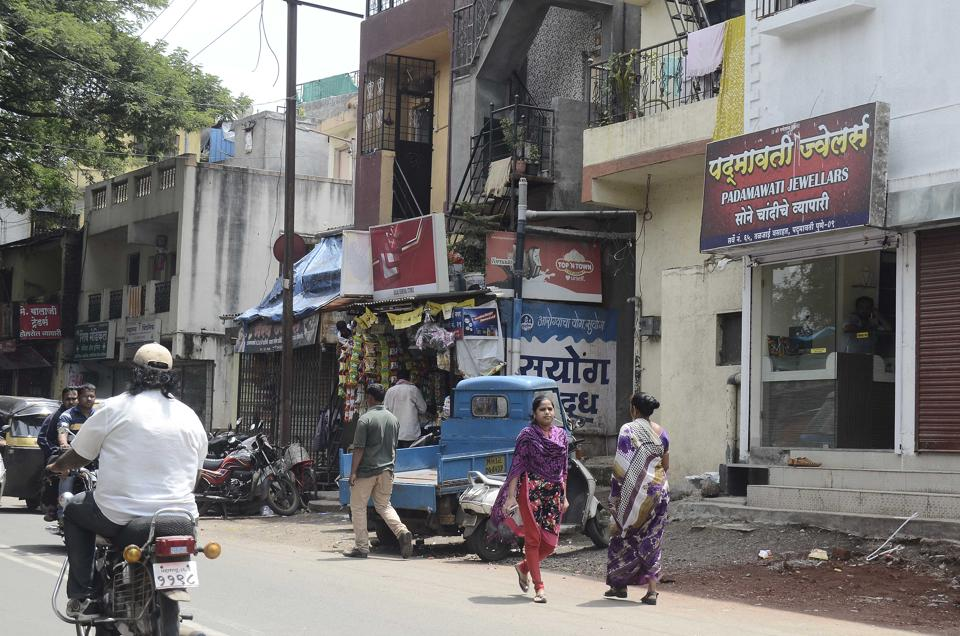 The slums have many commercial properties, including jewellery and mobile phone shops.