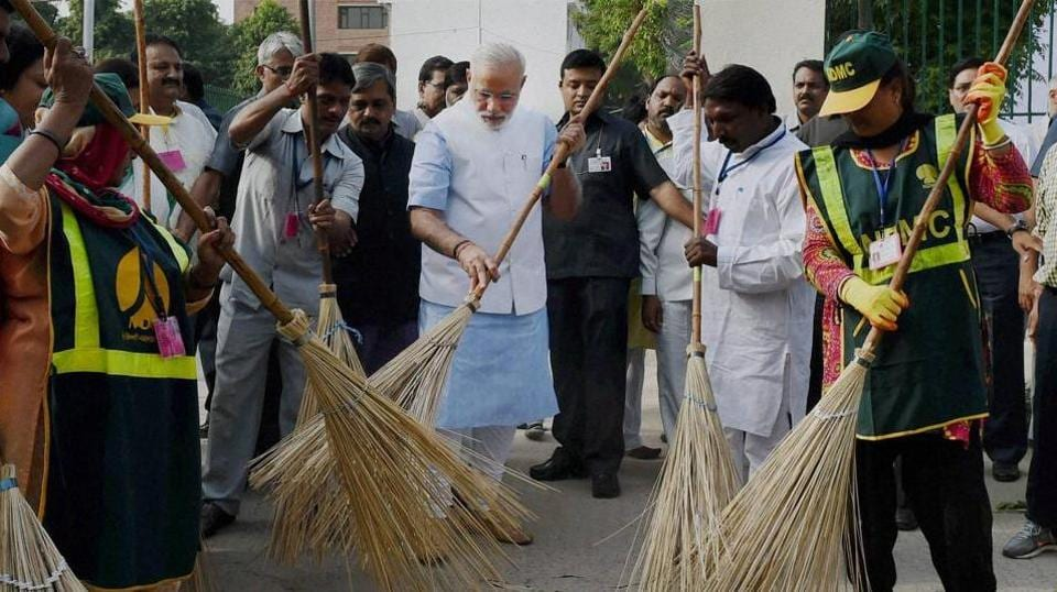 Govt asks radio stations, TV channels to boost Swachhta Hi Seva campaign