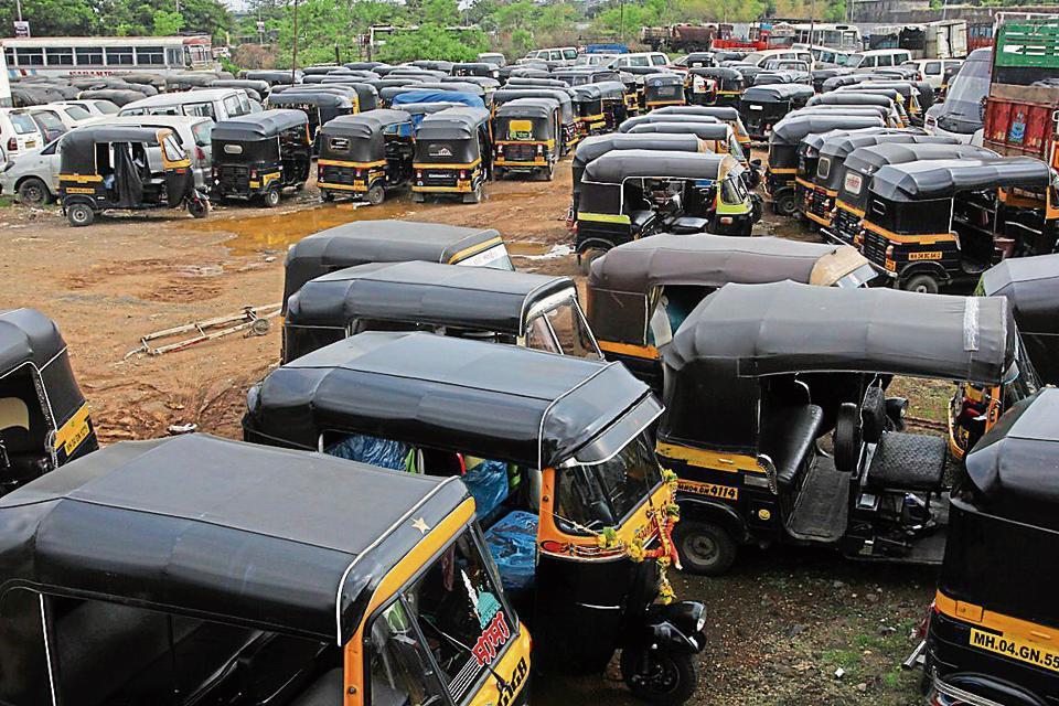 Mumbai,Auto rickshaw driver,Senior citizen