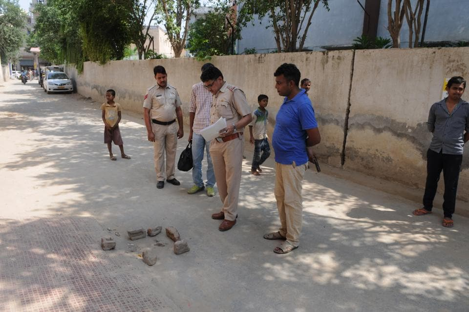The police said the incident took place around 11.45am when five unidentified men came on two bikes and fired six bullets at the woman near Global Fields School in Naharpur Rupa.