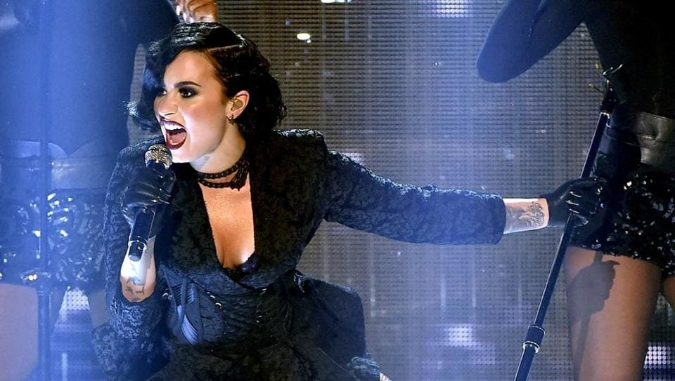 Singer Demi Lovato feels she doesn't want to talk about her personal life as everyone is only looking for a headline.