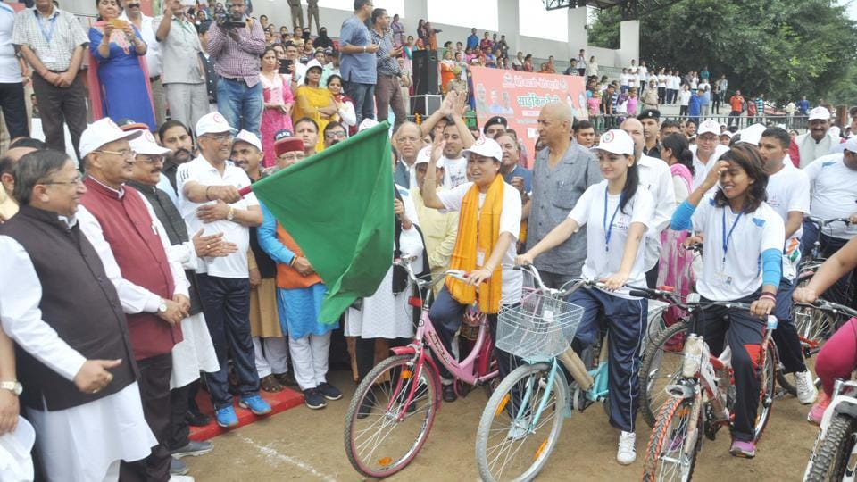 Uttarakhand,CM flags off,cycle rally