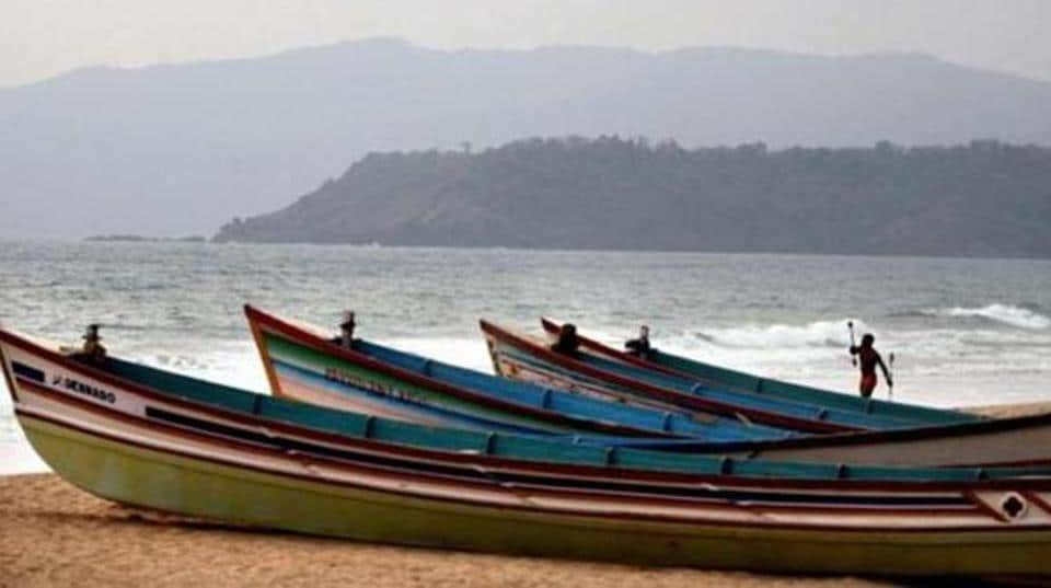 Six Goans feared washed away in Karwar, two bodies found