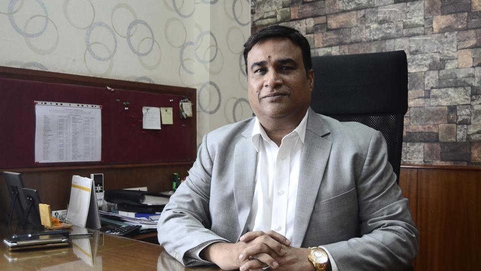 Sarkar, is currently the managing director (MD) of Deccan Water Treatment Private Limited, Pune and is successfully running a flourishing business in sewage water treatment in Pune, Mumbai and other cities.