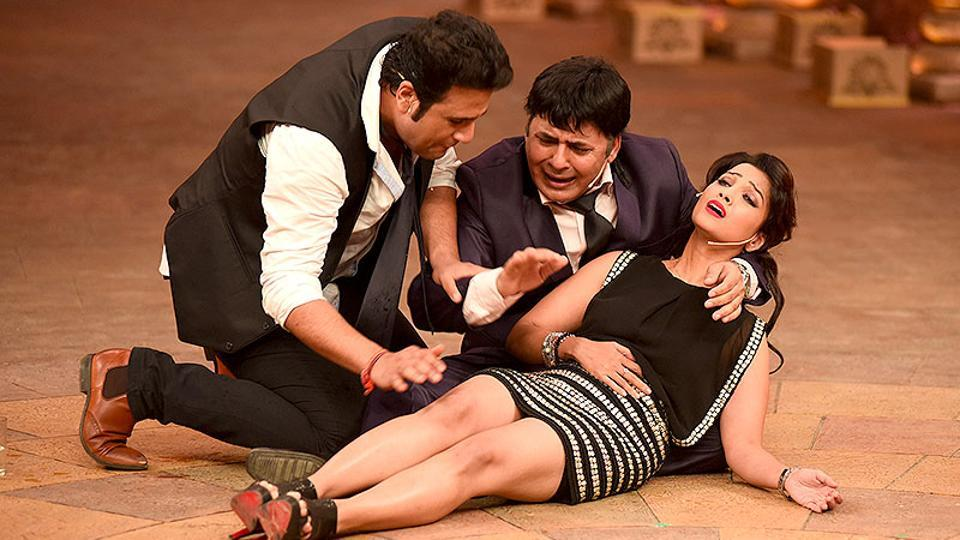 Comedians Krushna Abhishek and Sudesh Lahiri in an episode of Comedy Nights Bachao.
