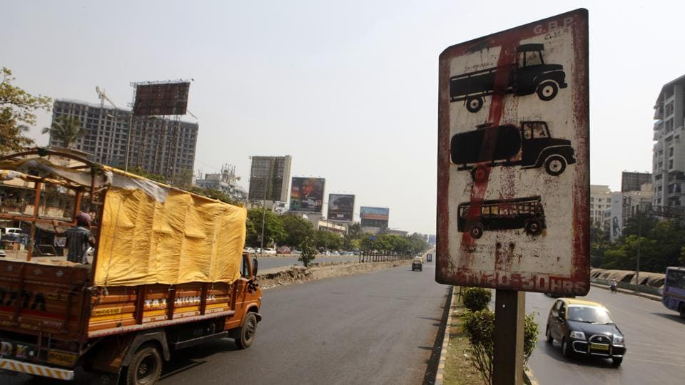 Apart from heavy vehicles, other vehicles heading towards south Mumbai were to be allowed only till specific roads between 11am and 5pm.