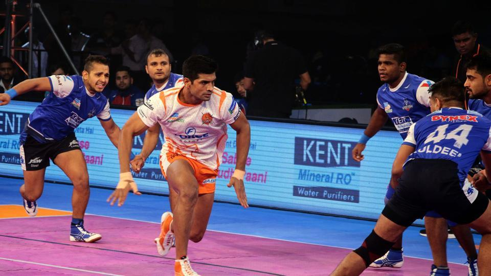 Puneri Paltan maintained the third spot in the Pro-Kabaddi League after beating second-placed Haryana Steelers by a comfortable margin of 37-25.