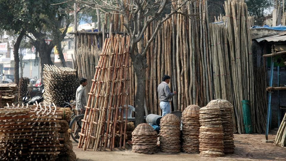Delhi markets are home to several finished bamboo products and long bamboo poles are also used in setting up temporary stages and event sites. Here is one such wholesale market at Tajinder Nagar, Ghaziabad.  (Dijeshwar Singh / HT Photo)