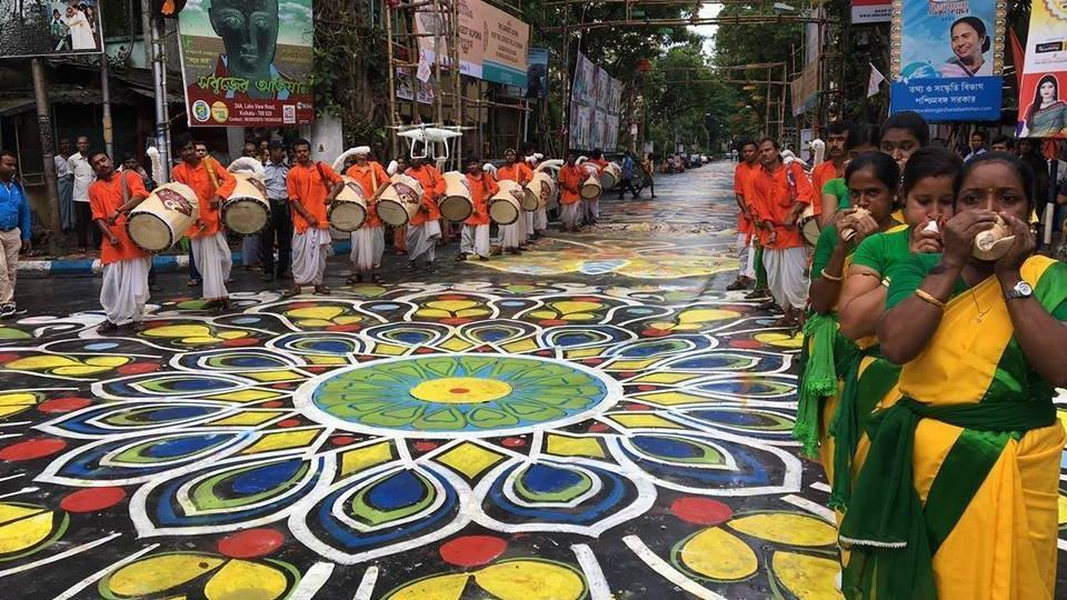 1 km 'alpana' on Lake Road in Kolkata.
