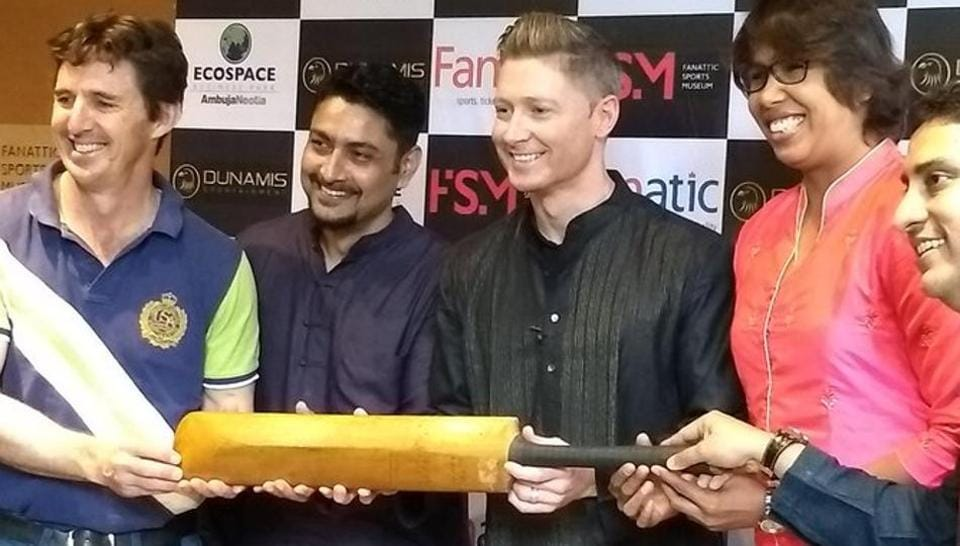 Michael Clarke handed Sir Don Bradman's bat to Kolkata's Fanattic Sports Museum.