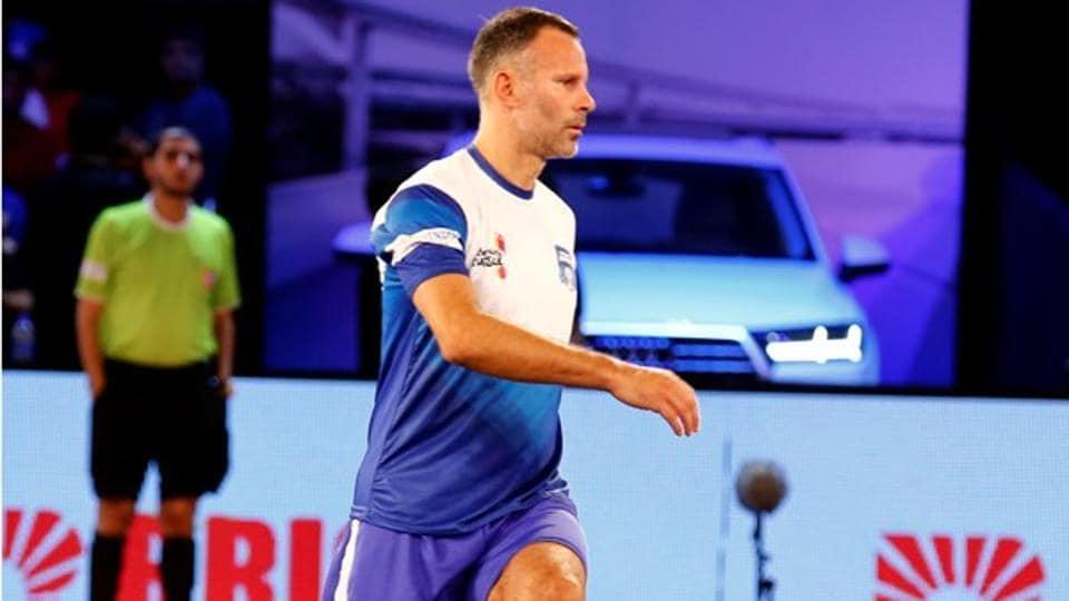 Premier Futsal,Ryan Giggs,Paul Scholes